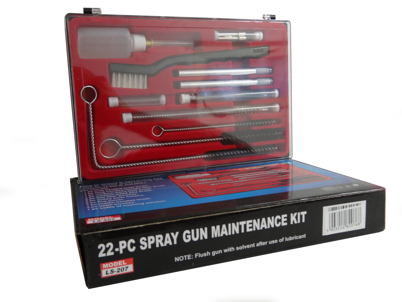 zestaw czyszczący do pistoletow lakierniczych. Zestaw 21 składa się z czyścików, szczoteczek, wyciorów